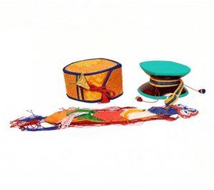 Die mystische Trommel (Damaru) mit gelber Tasche