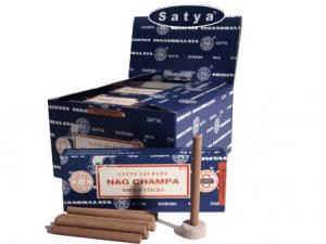 Räucherstäbchen Satya Nag Champa Dhoop (12 Packungen)