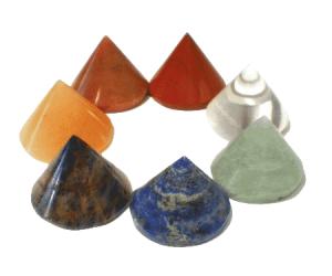 SET 7 Chakrasteine kegelförmig