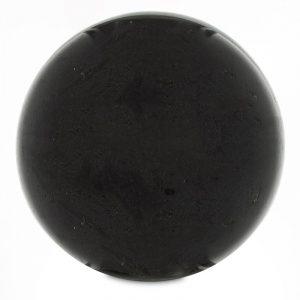 Schwarze Kugel aus Turmalin
