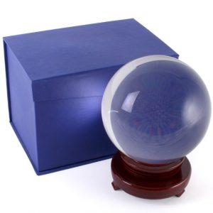 Kristallkugel mit Holzstandard (15 cm)
