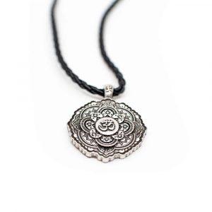 Tibetischer OM-Anhänger Schwarze Halskette - Silberfarben