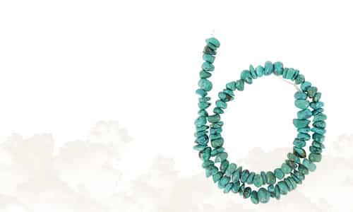 Edelstein-Perlen Stränge