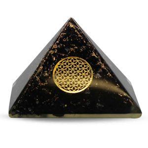 Orgonpyramide aus schwarzem Turmalin mit Blume des Lebens Groß