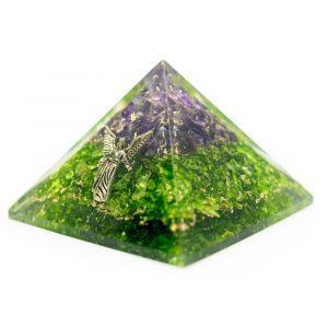 Orgonit-Pyramide aus Amethyst und Peridote mit Erzengel Raphael (40 mm)