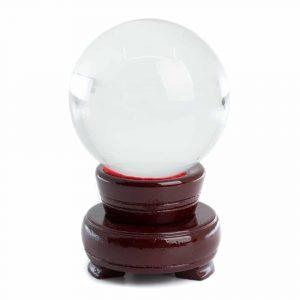Feng Shui Kristallkugel mit Holzsockel (60 mm)